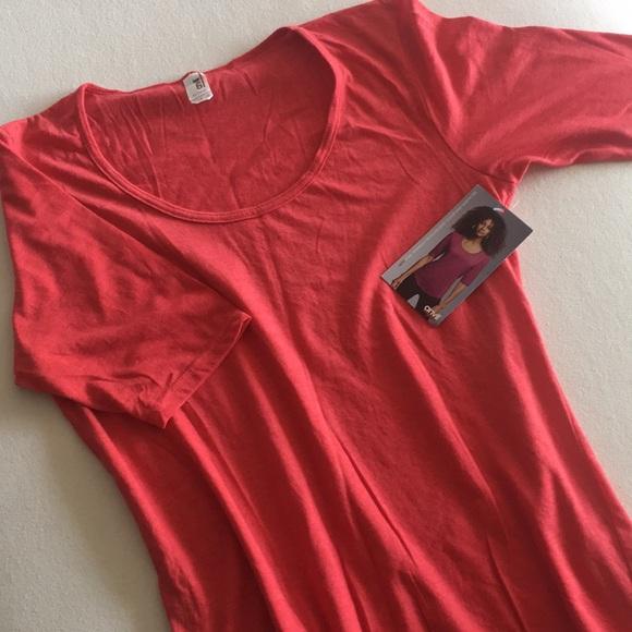 Women's Tri-Blend Deep Scoop Half Sleeve Tee - NWT